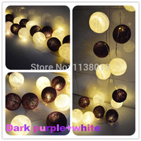 Grossiste-20pcs / set LED Batterie Alimenté Thai Boule De Coton Fairy String Lumières Party Wedding Home Decor violet foncé + blanc