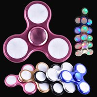 Spinner à main LED Fidget Spinner Metal 3 Pins LED Flash Light Triangle à boutons Tri Spinner Handspinner Fidget Toys dhl OTH468
