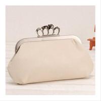 Wholesale Ring Skull Clutch Handbag - 2015 women handbag skull Diamond Finger Ring Shinying Evening Bags Classic Luxury bling Day Clutch for wedding , Party bag 81025