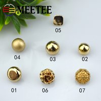 Wholesale Wholesale Gold Sew Buttons - 50pcs MEETEE 2017 mixed buttons sewing accessories gold color metal button suitable for men and women's shirts ,dresses,sweaters