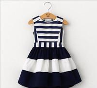 tatlı kore kızı giysileri toptan satış-2017 tatlı yeni çocuklar moda çocuk Kore tarzı giyim kolsuz yaz elbise kız çizgili donanma rüzgar sling yelek elbise G157