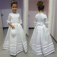 Cute White Flower Girl Dresses Бисероплетение A-Line атласная пол Длина выпускного платья Дети Party Celebrity Dresses Little Girls Lace Bow