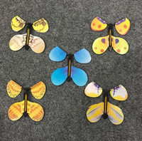 Le Magic Butterfly Flying Butterfly FunnyToy avec les mains vides Solar Butterfly Wedding Magic Props Magic Tricks 850