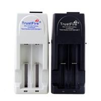 wiederaufladbare lithium-batterie cr123a großhandel-Trustfire TR-001 Ladegerät Multifunktions-Universal-Lithium-Ionen-Akku-Ladegerät für CR123A 16340 14500 10400