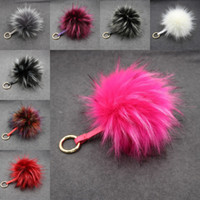 Mode Luxe Fluffy Real Raccoon Fur Ball Pom Poms Peluches Authentiques Fourreau KeyChain Keychain Metal Pendentif Charm Charm FBA Drop Shipping B547Q