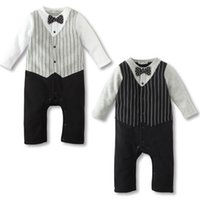 Wholesale New Born Romper Clothes For Baby Boy Bow Tie Jumpsuit Spring Autumn Infant Newborn Dot Cotton Fleece Overall Costume Clothing