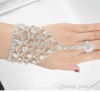 silberne sklavenarmbänder großhandel-Wunderschöne Hochzeit Perle Strass Armbänder mit Fingerringen Braut Hand Harness Armreif Slave Kette Armbänder mit Fingerring