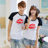 2017 Summer Europe US Mode Sexy Red Lip Kiss Impression Chemise en coton Hommes Femmes Unisex 3D Printing Beach Casual Tees Shirt