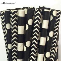 bâtons de papier blanc achat en gros de-Gros-25 x pailles de papier noir Chevron Polka Dot Stripe Party Pailles Noir et blanc Pailles à boire Cake Pop Sticks Fournitures