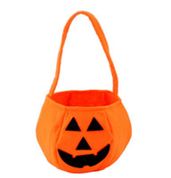 Wholesale Kids Party Paper Bags - Smile Face Pumpkin Candy Handbag Trick or Treat Tote Bag For Halloween Party Christmas Children kids Favors Collection Handbags ORANGE