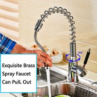 Exquisite Brass Spring Water Tap Singer Holder Shower Pull Out Chifre Faucet Chromo Placa Low lead Espessura para cozinha Home Hotel Basin Sink
