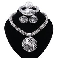 afrikanische kostüm schmuck silber groihandel-Neue Exquisite Dubai Schmuck Set Luxus Silber Überzogene Große Nigerianischen Hochzeits Afrikanische Perlen Schmuck-Set Kostüm Neues Design