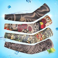 De haute qualité Multi Style Cyclisme Nylon Elastique Faux Tatouage Manteaux Designs Anti UV Basse Arm Tattoo Wears Fishing Driving Sleeves Men