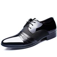 siyah platform oxfords toptan satış-Patent deri siyah İtalyan mens ayakkabı markaları için düğün resmi oxford ayakkabı mens sivri burun elbise ayakkabı sapato masculino