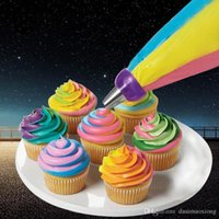 Icing Piping Bag Сопловый конвертер Tri-color Cream Coupler Cake Decorating Tools для кексов Cookie 3 Hole ZH788