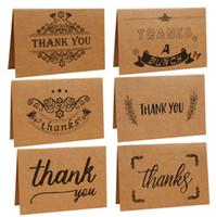 el papel de kraft del vintage le agradece las tarjetas de felicitacin con un sobre para