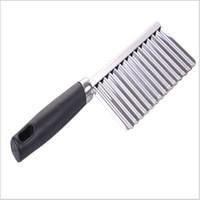cuchillas chinas al por mayor-Cuchillo de patata ondulado multifunción Cocina familiar de acero inoxidable herramienta esencial Cortadora de alta calidad 1 3hj I1 R
