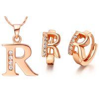 letra r prata venda por atacado-Banhado NOVA terno 925 prata esterlina feito com um conjunto de 26 carta pingente de ouvido Ding cor letras R