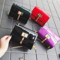 Wholesale Bright Hand Bags - sales brand package Europe United States fan woman hand bag patent leather lock fashion flip contracted bright skin women shoulder bag