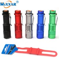 Mini LED Bike Light Torch Bicycle Light Zoomable 7W CREE Q5 1000LM Avec Silicone Strap Lampe torche pour cyclisme