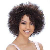 perruque harajuku noire achat en gros de-Xiu Zhi Mei Afro Kinky Perruques Bouclées pour Femmes Noires Perruques Marron Perruque Harajuku Drag Queen Perruques Synthétiques Résistantes à la Chaleur Melanie Martine