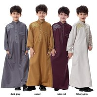 Wholesale Ethnic Clothing Muslim - New Arrivals Arab Muslim Boy's Robes Solid Color Islamic Clothing Mid-East Ethnic Fashion Gowns