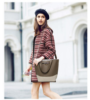 Wholesale Direct Hits - Factory direct 2016 new women's bag hit Europe and the United States fashion color bucket bag shoulder Messenger Messenger bag
