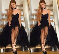 Wholesale Female Melons - 2018 New Sexy Black Strapless Tulle Prom Dresses Simple A-line Long Ruffles Evening Gowns Cheap Female Party Wear Cheap