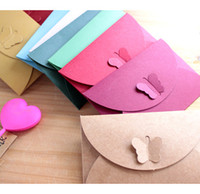 Atacado de cartão de convite Colorido borboleta Buckle Papel Kraft Envelopes Simple Love Retro Buckle Envelope Decorativo Small Paper Envelope