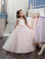 Wholesale Sweatheart Tulle Wedding Dress - Flower Girl Dresses Ball Gown Vintage Tulle Lace Appliques Sweatheart Wedding Dresses For Kids Sleevesless Bow Dresses graduation Children