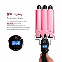 Professional Hair Curling Iron Waver Roller Wand Affichage LCD Céramique Triple Barreles Deep Hair Curler Wave Curly Styling Tools