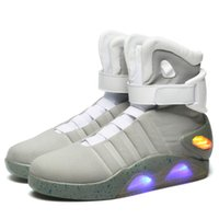 Haute qualité Air Mag Sneakers Chaussures Marty McFly LED Retour à l'avenir Glow In The Dark Gris / Noir Mag Marty McFlys Sneakers Avec Box Top