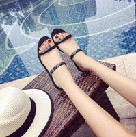 Wholesale peep toe jelly shoes - 2017 New fashion jelly shoes women flat sandals Transparent peep toe crystal women summer beach shoes woman