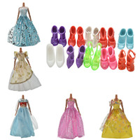 Wholesale Dress Pairs Doll Shoes - Dolls Accessories 5 Wedding Dress Princess Gown+10 Pairs Shoes Accessories Dress Clothes Gown For Barbie doll