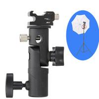 pivot parapluie achat en gros de-Nouveau Swivel Flash vente chaude porte-parapluie Mount Adapter pour studio lumière support type E