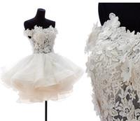 vestidos de casamento sexy venda por atacado-Fora do ombro vestido de baile vestidos de casamento 2017 curto sexy vestidos de noiva puffy tule partido organza vestidos de noiva de volta zipper e botão personalizado