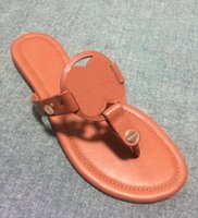 Wholesale shoes ladies outdoor - Fashion 2017 Designer Genuine Leather Sandals Outdoor Beach Flip Flop Flat Heel Slippers Casual Loafers Lady Women Shoes Sz 35-42