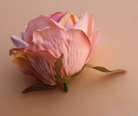 ingrosso petali di fiori artificiali bianchi-alta qualità 7 cm artificiale fiore di rosa testa fiore matrimonio palla fiore di seta artificiale petali multistrato rosa bianco Champagne