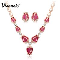 Viennois Rose Gold Color Red Opal Stone Jóias Set para Mulher Full Rhinestone Earrings Necklace Set Jóias noivas de casamento q170684