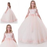 açık pembe kız elbisesi elbisesi toptan satış-Prenses Işık Pembe Kızlar Pageant Elbiseler Yarım Uzun Kollu Dantel Aplike Sequins Organze Çiçek Kız Elbise Balo Communion Elbise