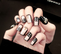 Wholesale patterned acrylic nail tips - 24 pieces of nail finished goods spot fashion fake nail patch pattern beads hit a color film