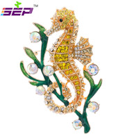 Wholesale Crystal Seahorse Brooch - Wholesale- Rhinestone Crystals Animal Seahorse Sea Horse Brooches Pin Women Brooch Pins Jewelry Fa3186