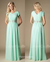 vestido verde formal al por mayor-Alta calidad con cuentas vestido de dama de honor verde menta modesto una línea de gasa vestido formal de dama de honor vestido de boda vestido por encargo más tamaño