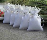 Wholesale lace wedding favor boxes - 9.5x14.5cm Burlap White favor bags wedding favor bag burlap lace favor bag natural jute bow 100pcs