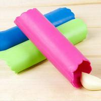 Wholesale magic peeler - Kitchen Magic Silicone Garlic Peeler Peel Gadget Garlic Peeling Tool Cuisine Kitchen Accessories