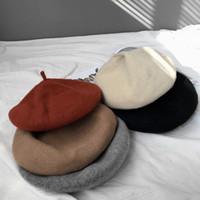 herbst weibliche modelle großhandel-2017 Herbst und Winter neue einfarbige Plüsch Barette Kappe weibliche Modelle Hut, hohe Qualität Vielzahl von Stil Hut Großhandel
