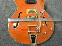 ingrosso marche della chitarra della porcellana-2017 nuovo di zecca chitarra chitarra top acero fiammato 6120 Jazz con chitarra elettrica corpo vuoto in azione Chitarre Cina