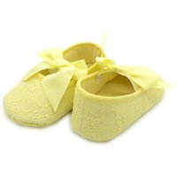 Wholesale Cut Baby Girl Princess - Wholesale- High quality Infant new baby girl sweet cut princess shoes pure white soft bow dot hollow out casual first walkers toddler shoes