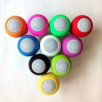 Wholesale ipad mini hand - mini Bluetooth Speaker MIC Voice Box Mushroom Speakers Hands Free Silicone Sucker Waterproof for iPhone iPad Samsung Galaxy 100pcs