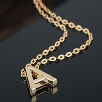 Atacado-1 pc Hot Stylist Mulheres Homens Amantes Presente Ouro Plated Letter Name Inicial Chain Pendant Fashion Necklace